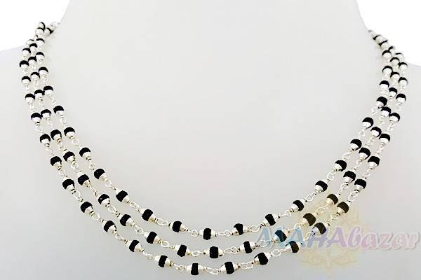 "Фото 4396: Туласи чёрные в серебре, три круга, 125 см, 11 гр, диаметр - 3 мм, Производитель ""Махабазар.ру"", Tulasi blfck in silver, three rounds, 125 cm, 11 gm, D - 3 mm, Mahabazar.ru"
